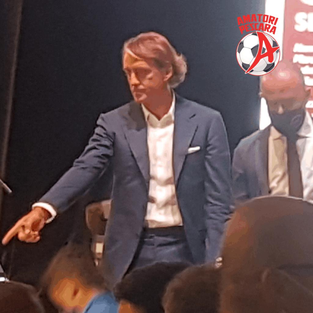 Incontro a Pescara con il CT della Nazionale Roberto Mancini